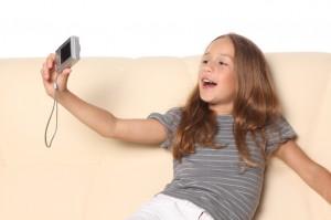 Фотоаппарат для ребенка это игрушка?