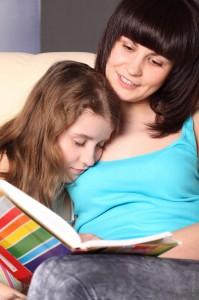 Читайте сказки младшим школьникам